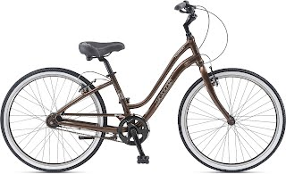 Jamis Hudson Sport Deluxe Comfort Bicycle for sale in State College PA.